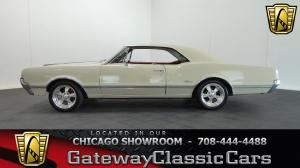 1966 Oldsmobile<br/>Cutlass