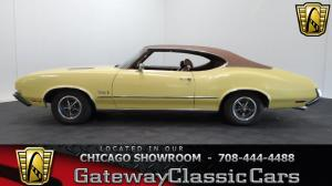 1972 Oldsmobile<br/>Cutlass