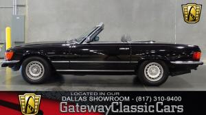 1985 Mercedes-Benz 500SL Euro Import