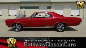 1966 Pontiac  - Stock 421 - Houston