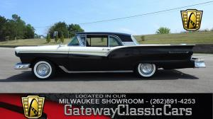 1957 Ford500 Skyliner  - Stock 34 - Milwaukee