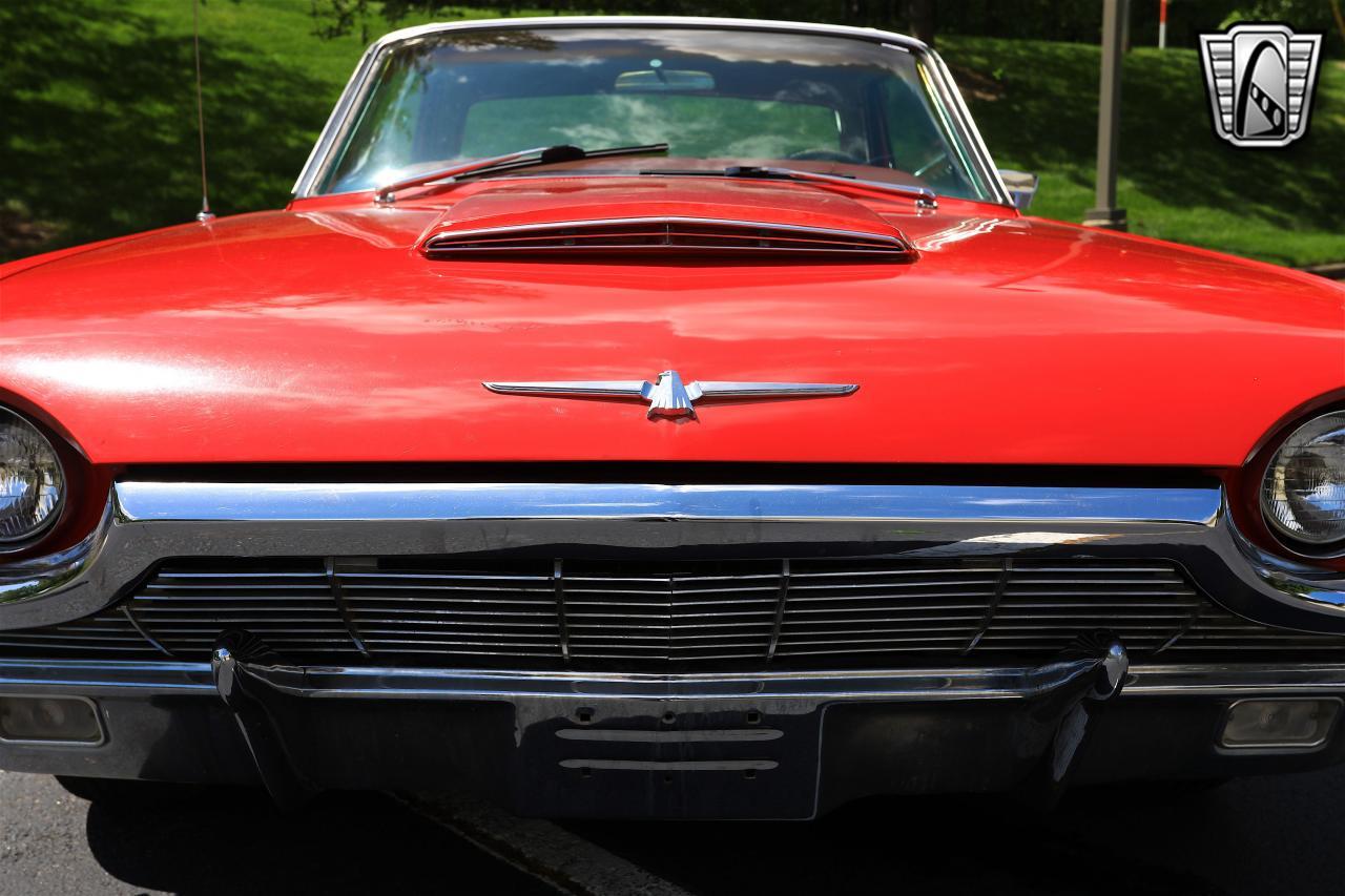 1965 Ford Thunderbird 9