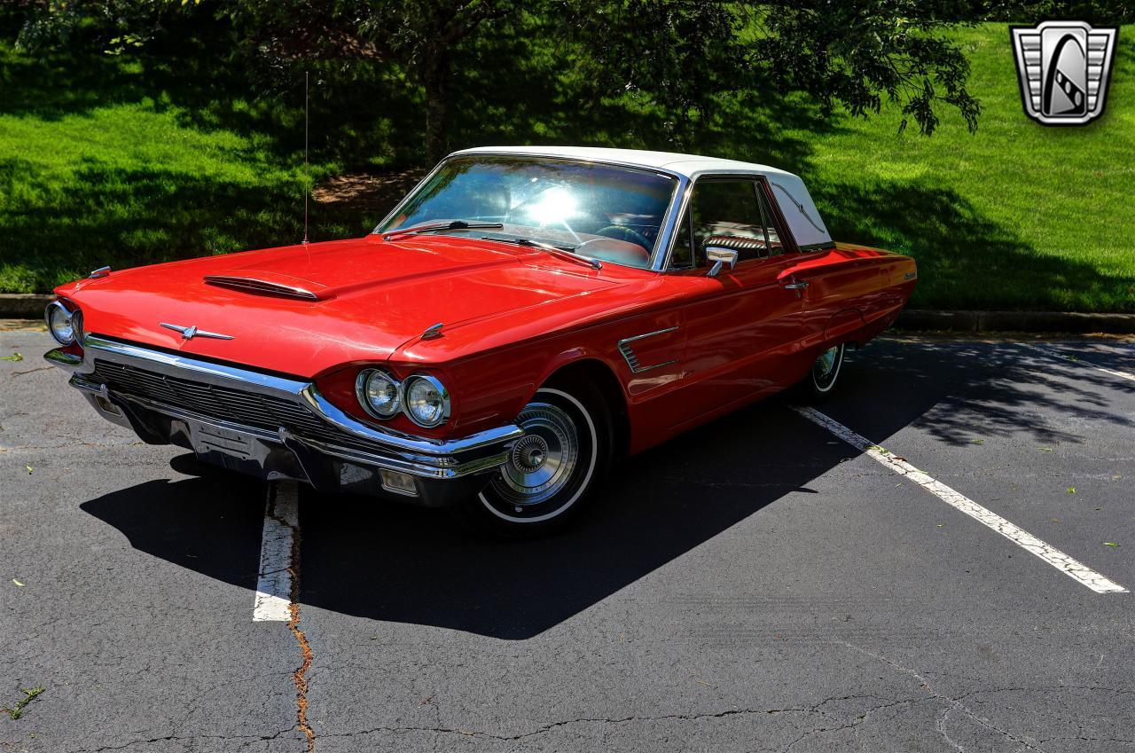 1965 Ford Thunderbird 18