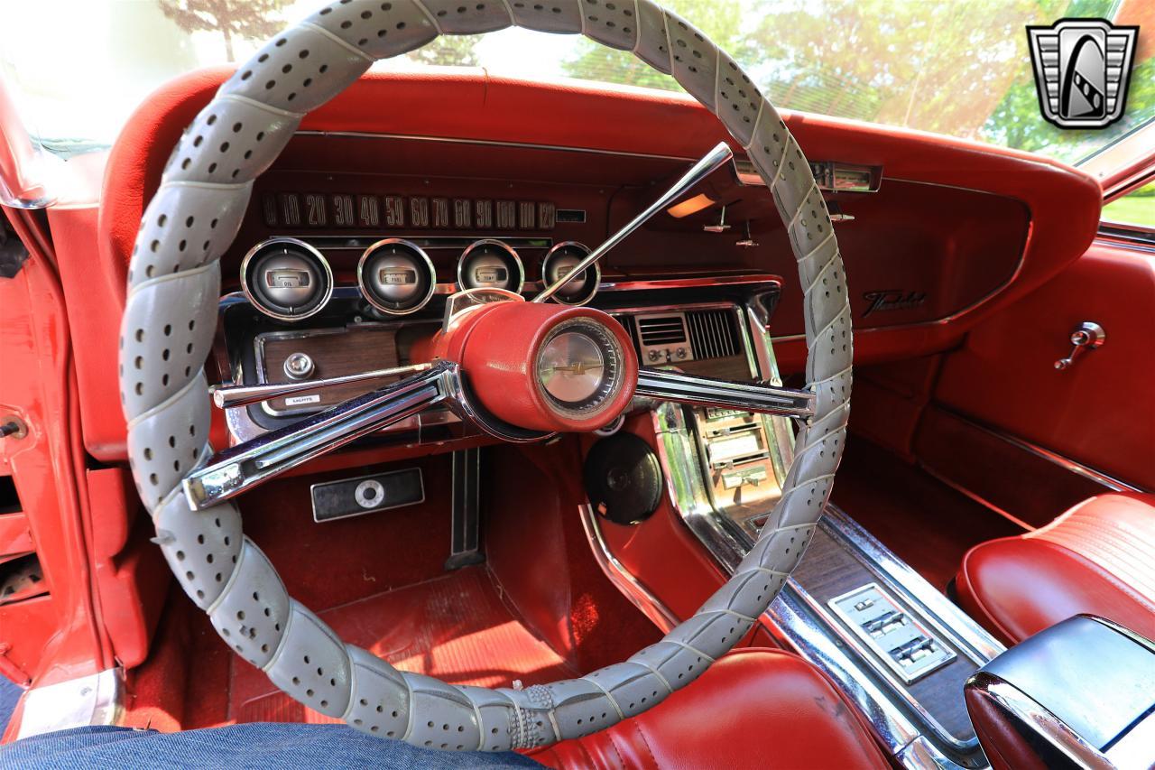 1965 Ford Thunderbird 21