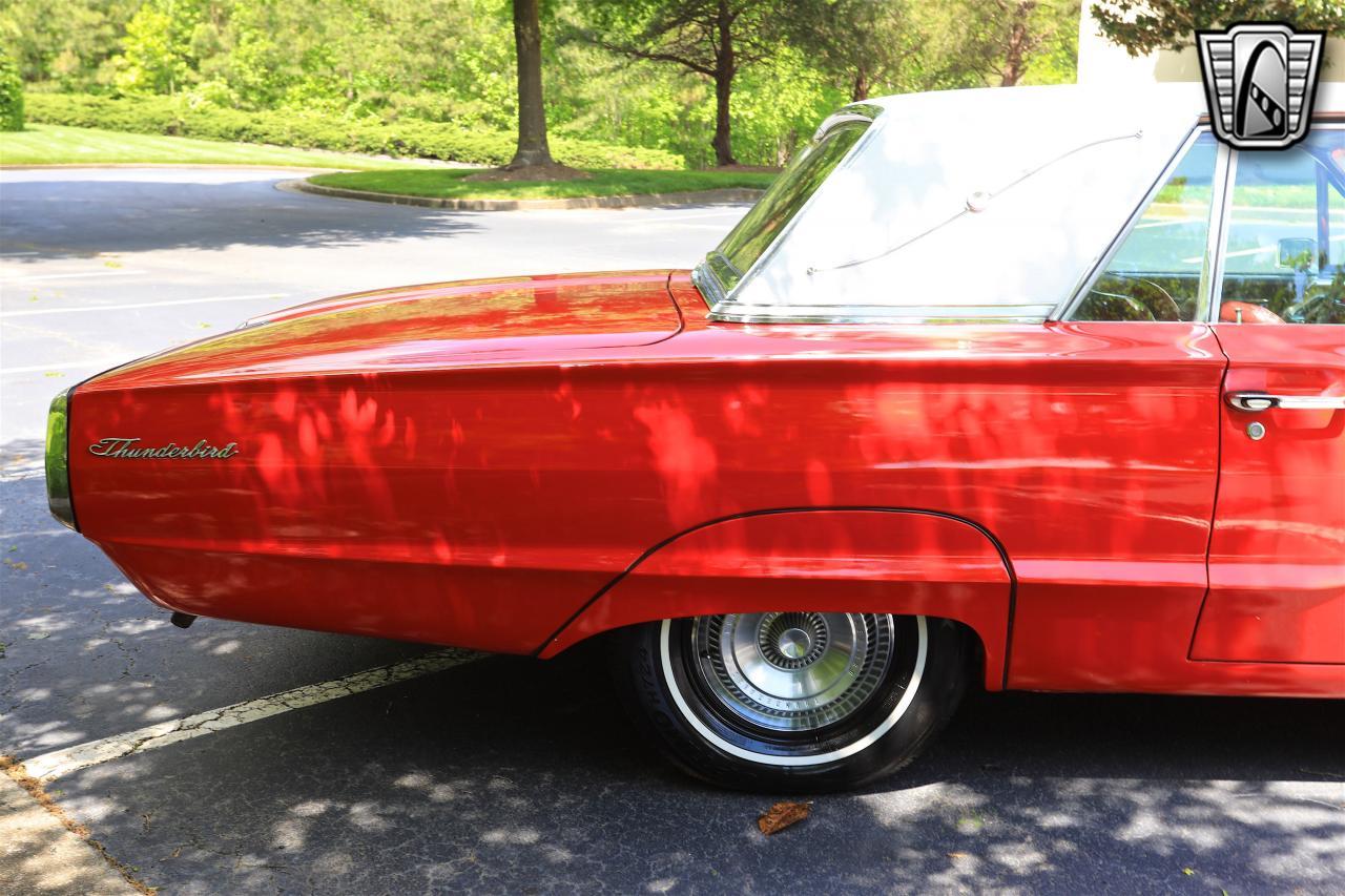 1965 Ford Thunderbird 46