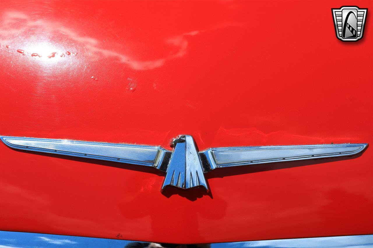 1965 Ford Thunderbird 57