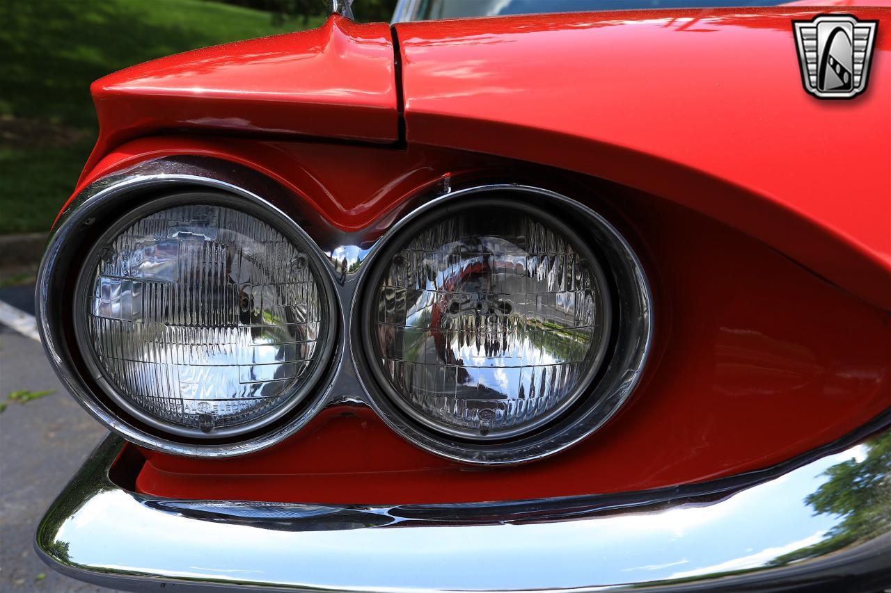 1965 Ford Thunderbird 65