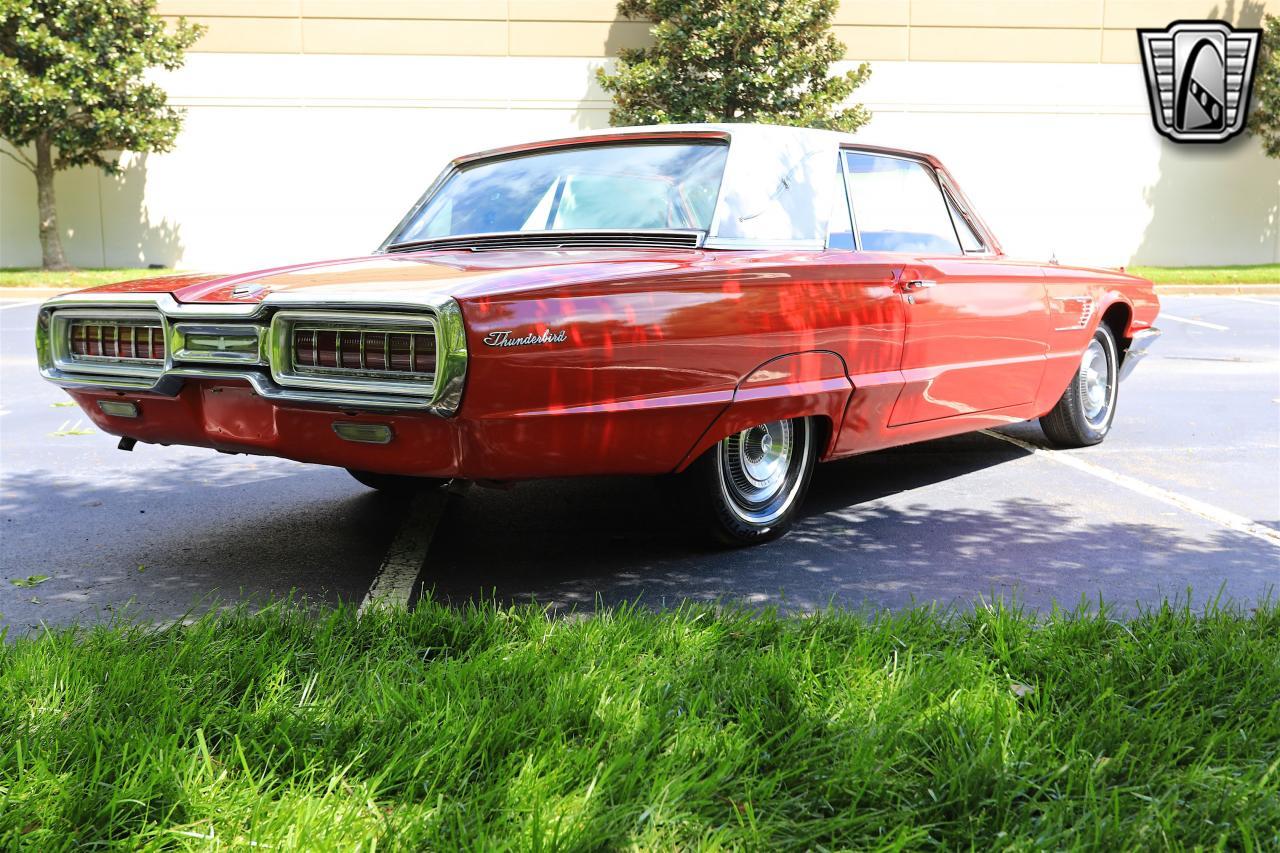 1965 Ford Thunderbird 75