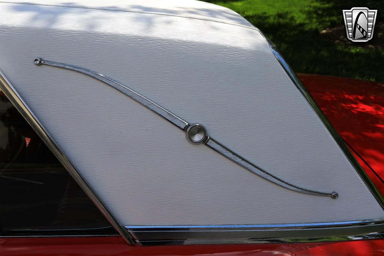 1965 Ford Thunderbird 76