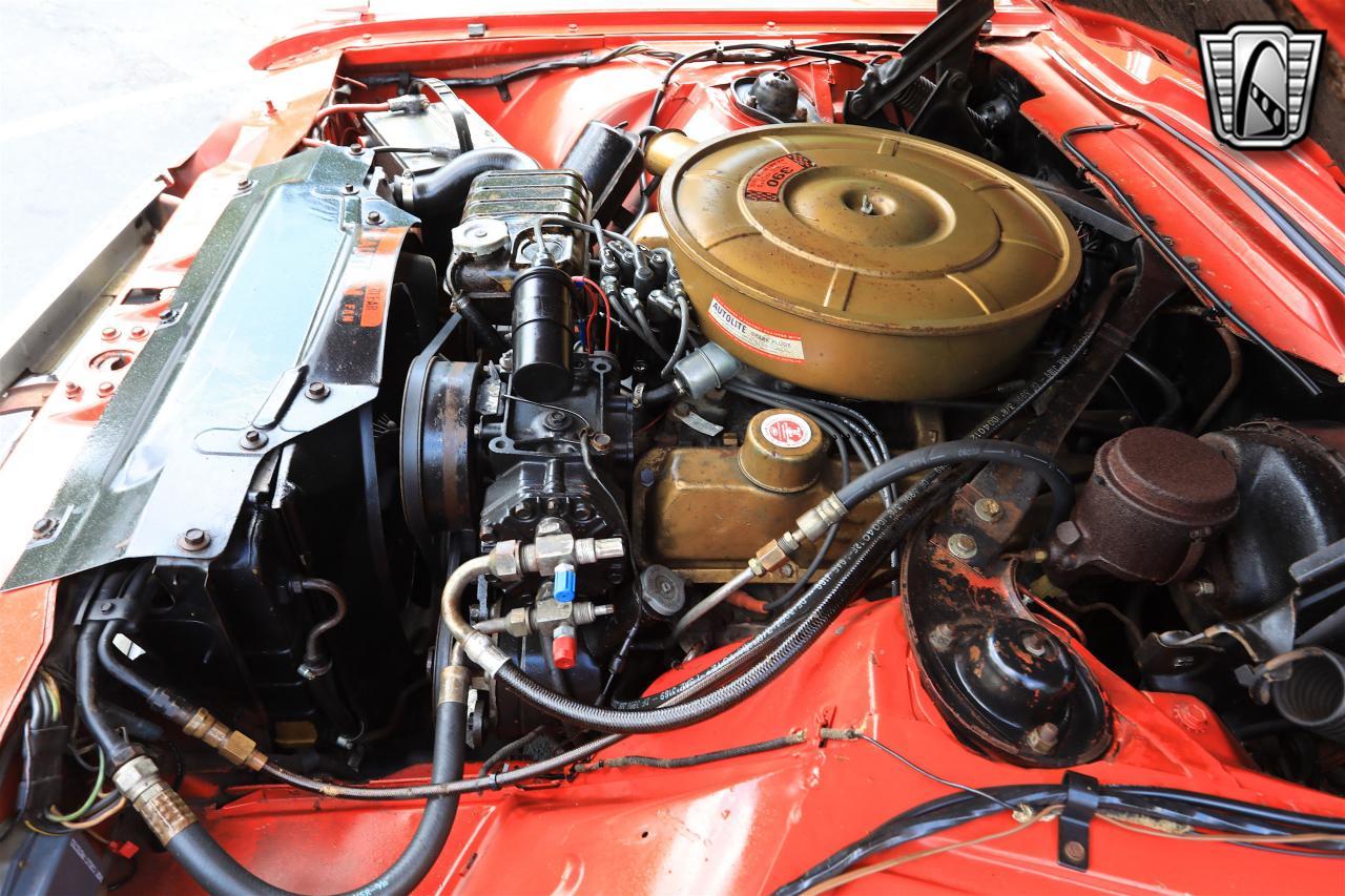 1965 Ford Thunderbird 82