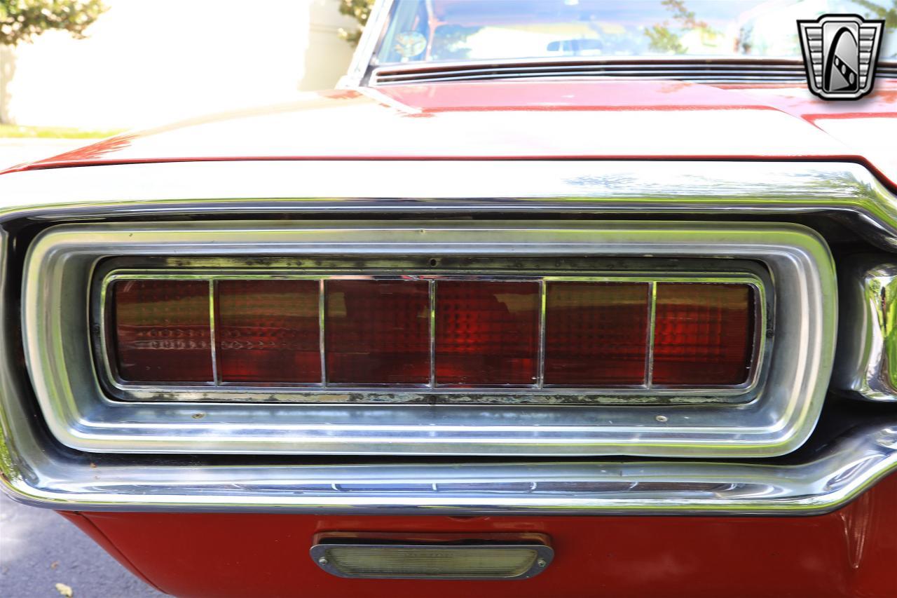 1965 Ford Thunderbird 88