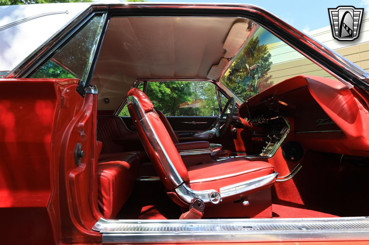 1965 Ford Thunderbird 89