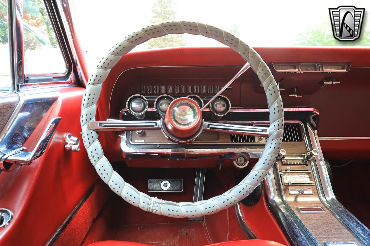 1965 Ford Thunderbird 93