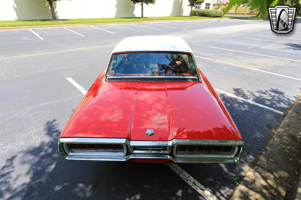 1965 Ford Thunderbird 95