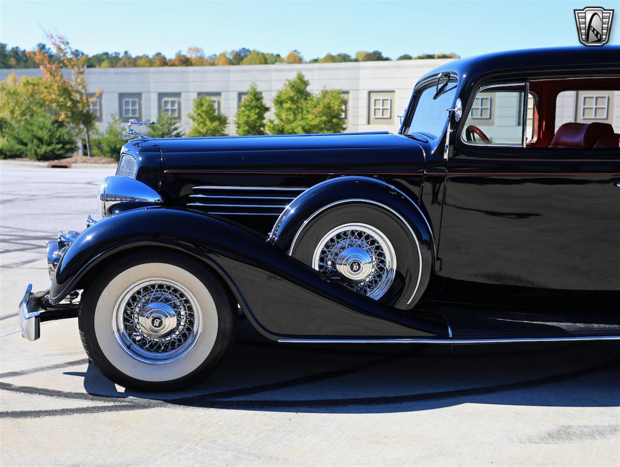 1934 Buick Model 90L 21