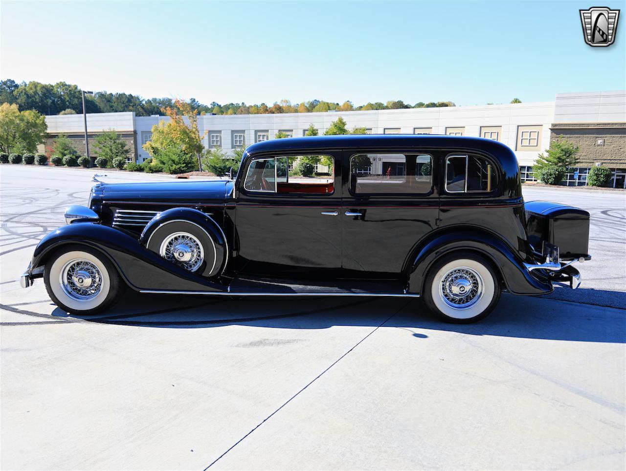 1934 Buick Model 90L 4