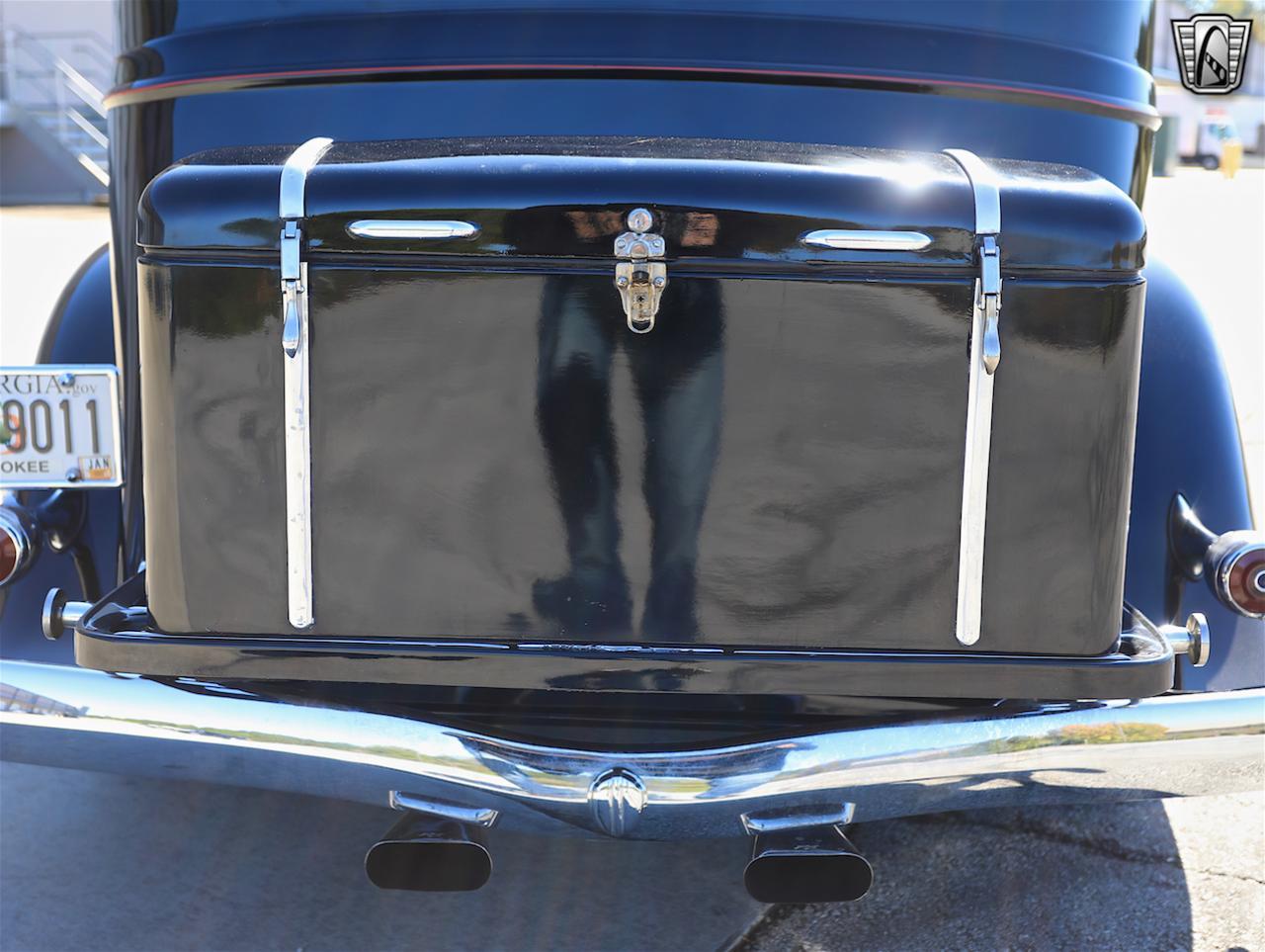 1934 Buick Model 90L 24