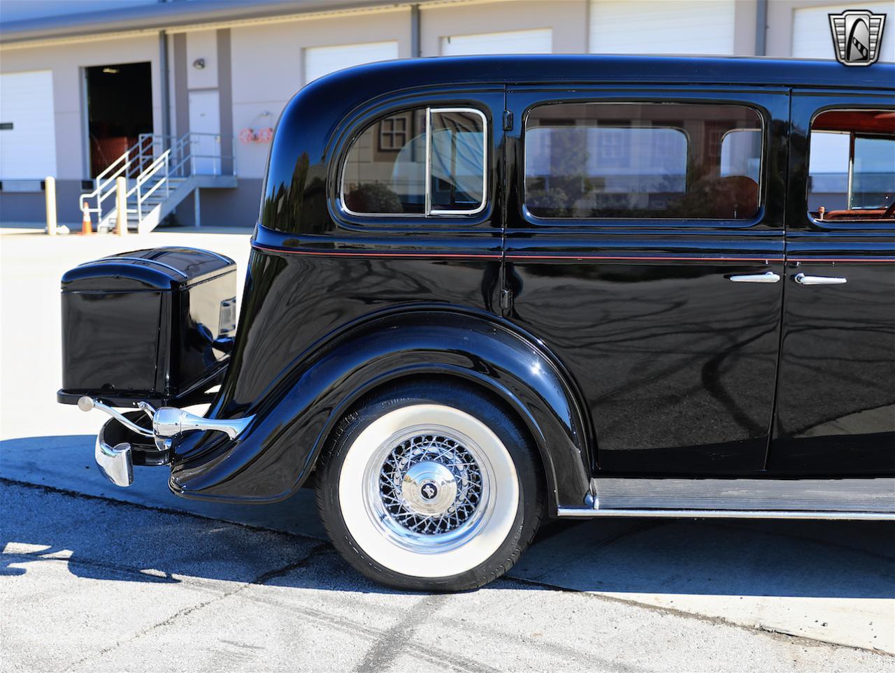 1934 Buick Model 90L 26