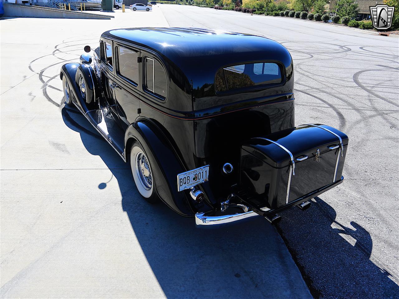 1934 Buick Model 90L 6