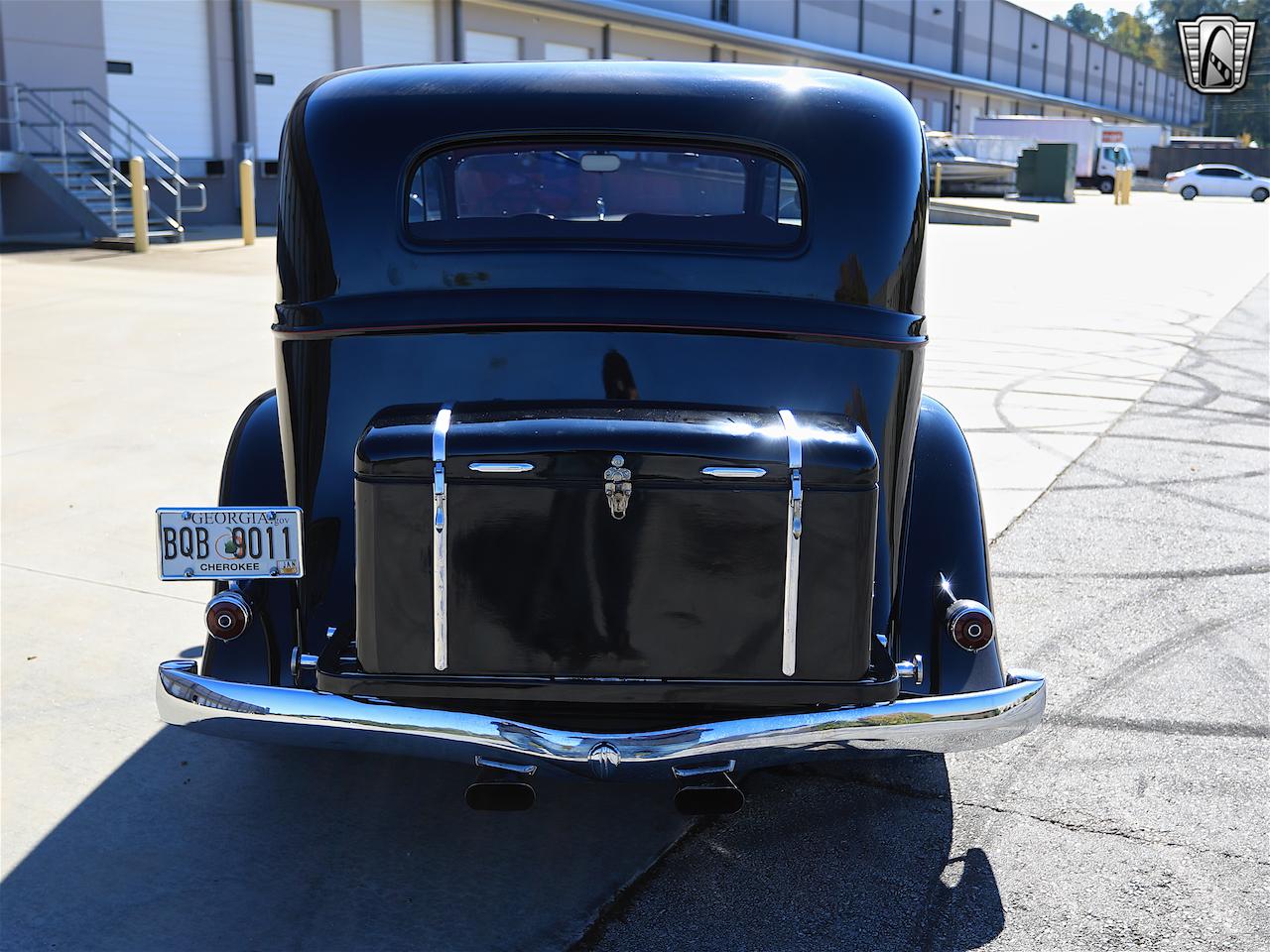 1934 Buick Model 90L 8