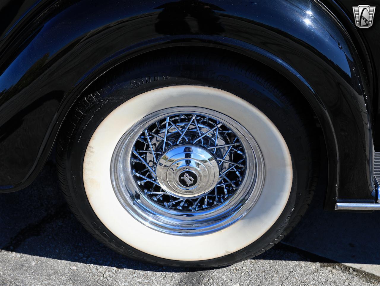 1934 Buick Model 90L 29