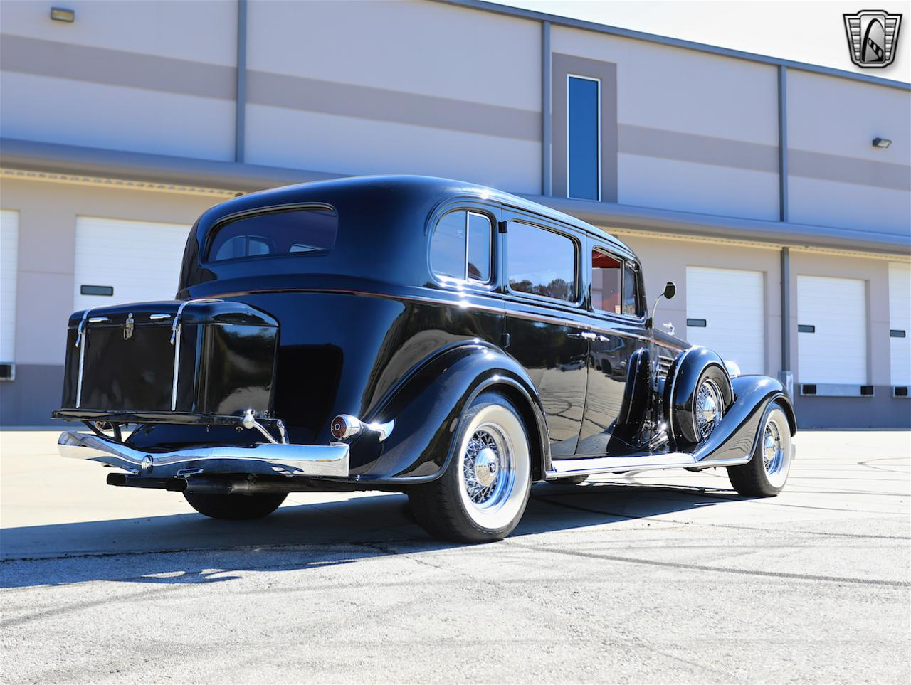 1934 Buick Model 90L 9