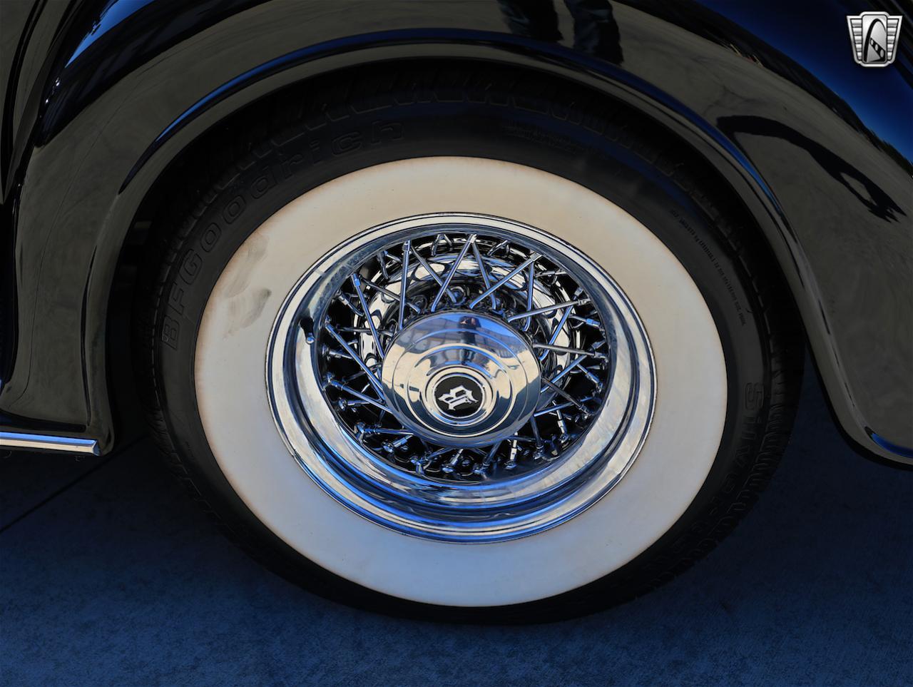 1934 Buick Model 90L 30
