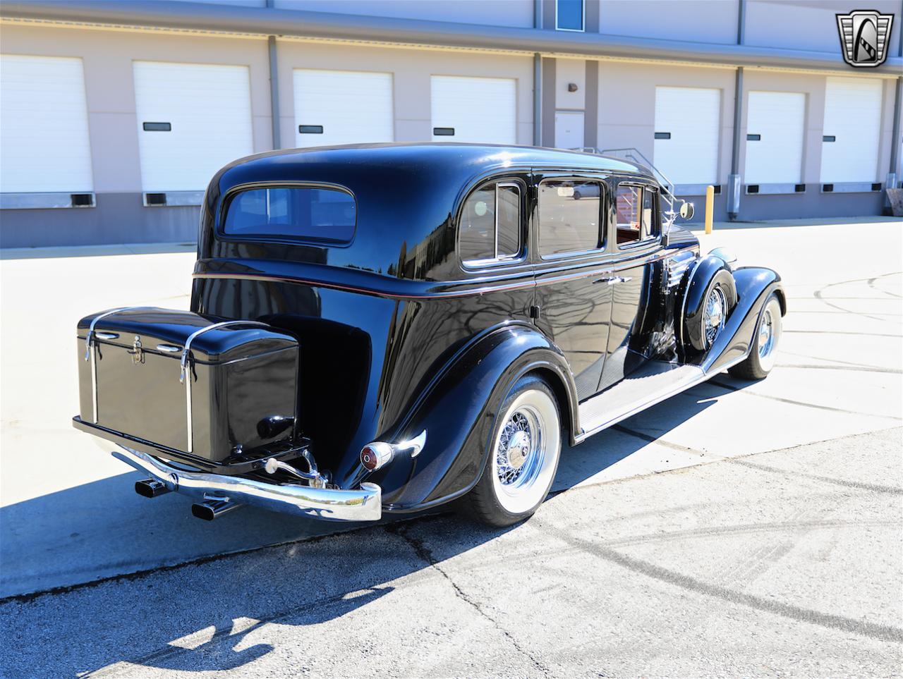 1934 Buick Model 90L 10
