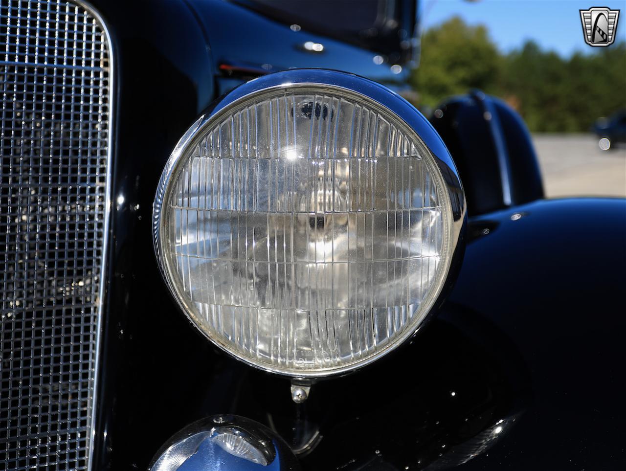 1934 Buick Model 90L 32