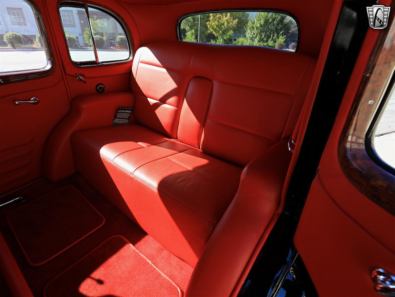 1934 Buick Model 90L 94