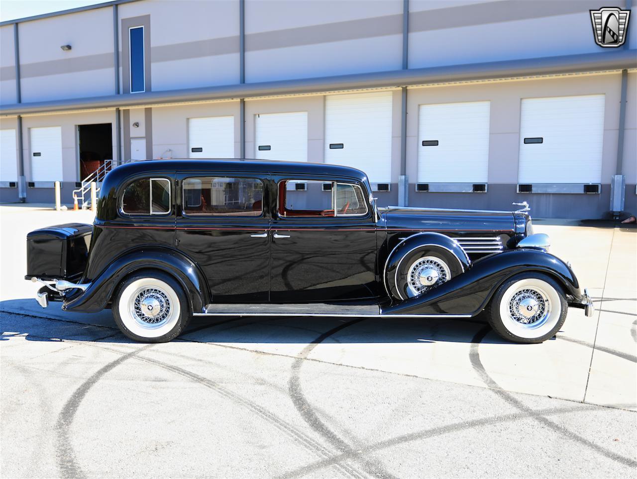 1934 Buick Model 90L 13