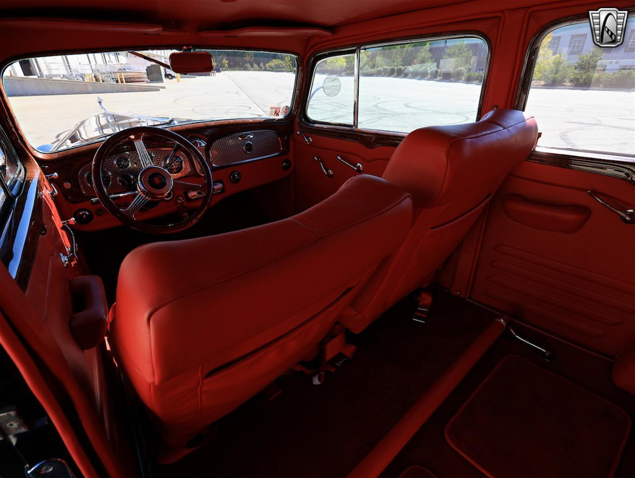 1934 Buick Model 90L 51