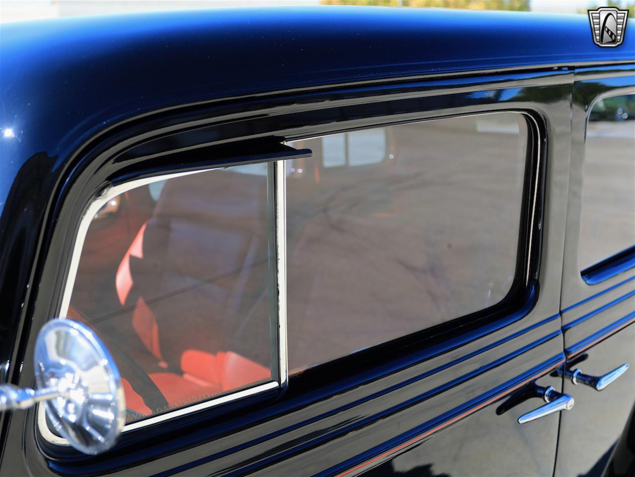 1934 Buick Model 90L 36