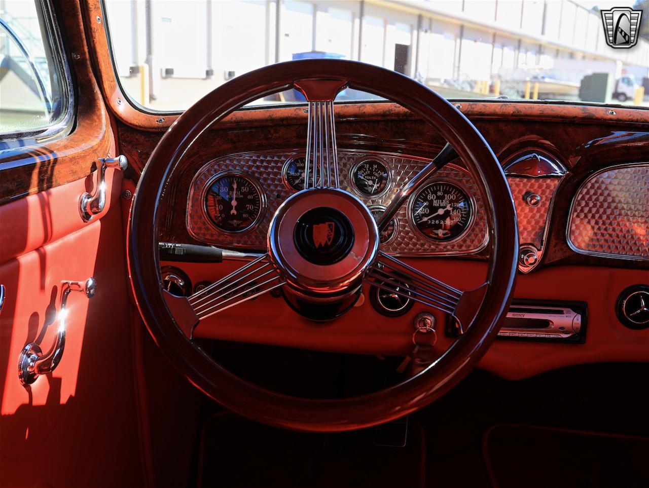 1934 Buick Model 90L 56