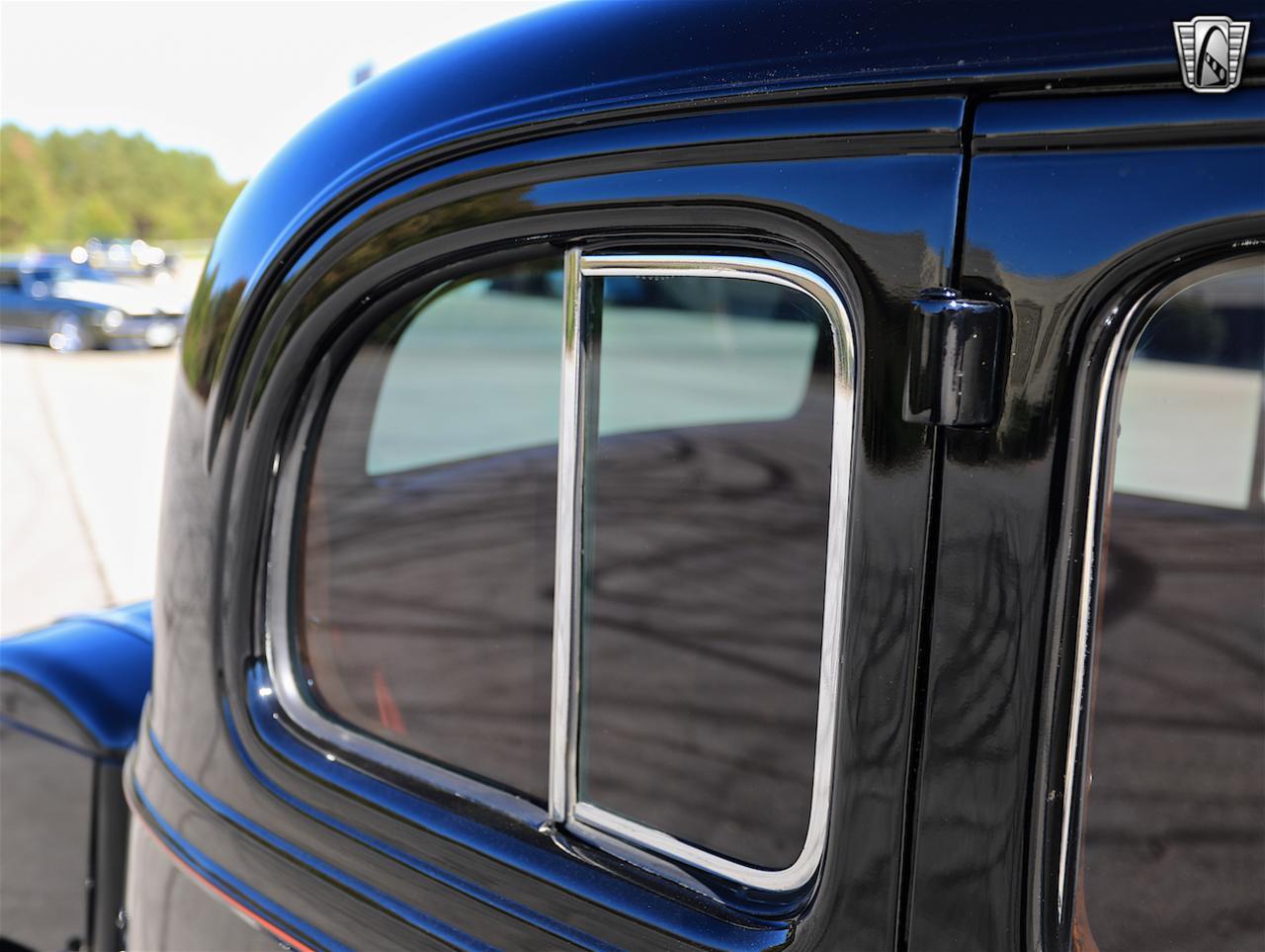 1934 Buick Model 90L 41