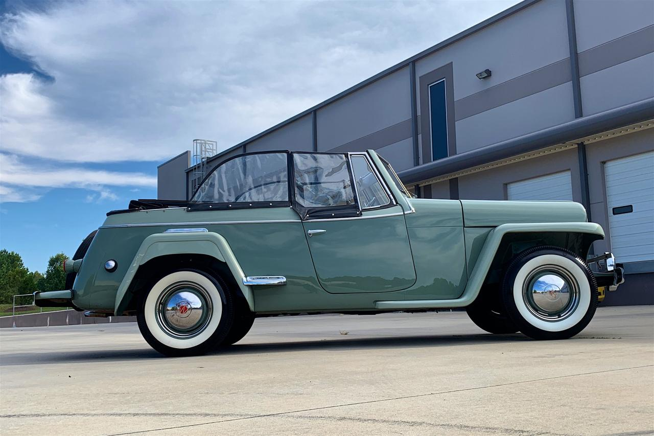 1950 Willys Jeepster 31