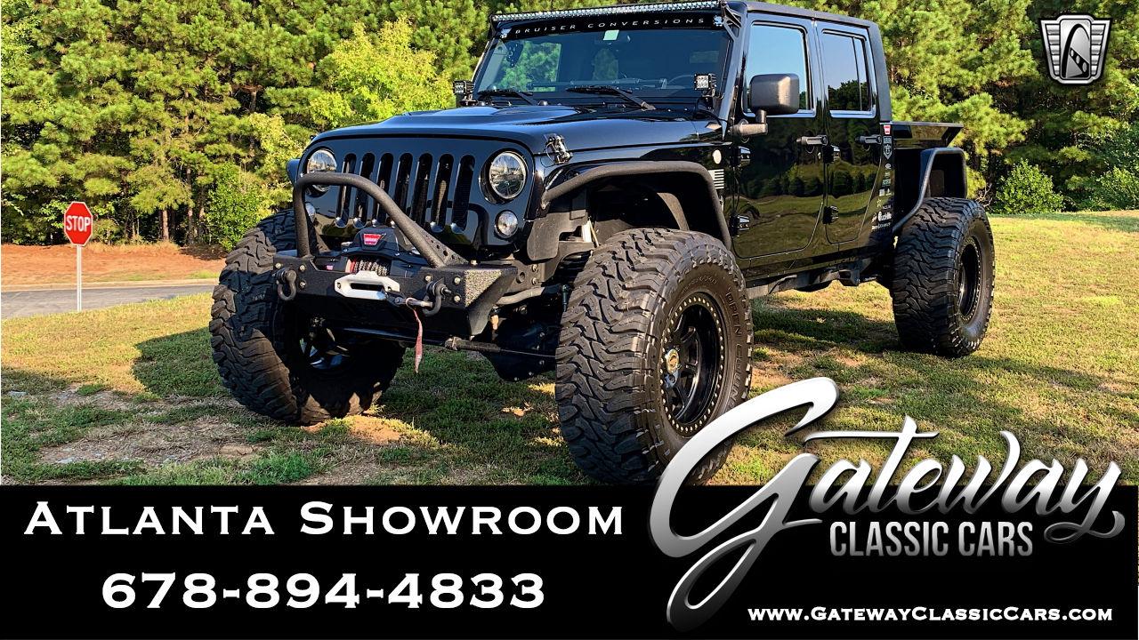 https://images.gatewayclassiccars.com/carpics/ATL/1265/2010-Jeep-Wrangler.jpg