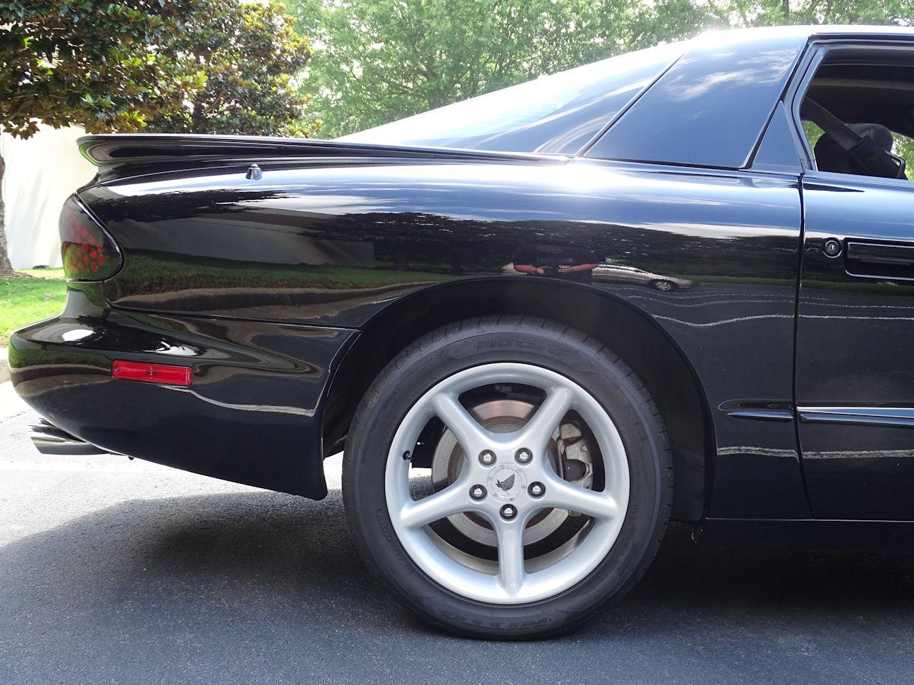 2001 Pontiac Firebird 39