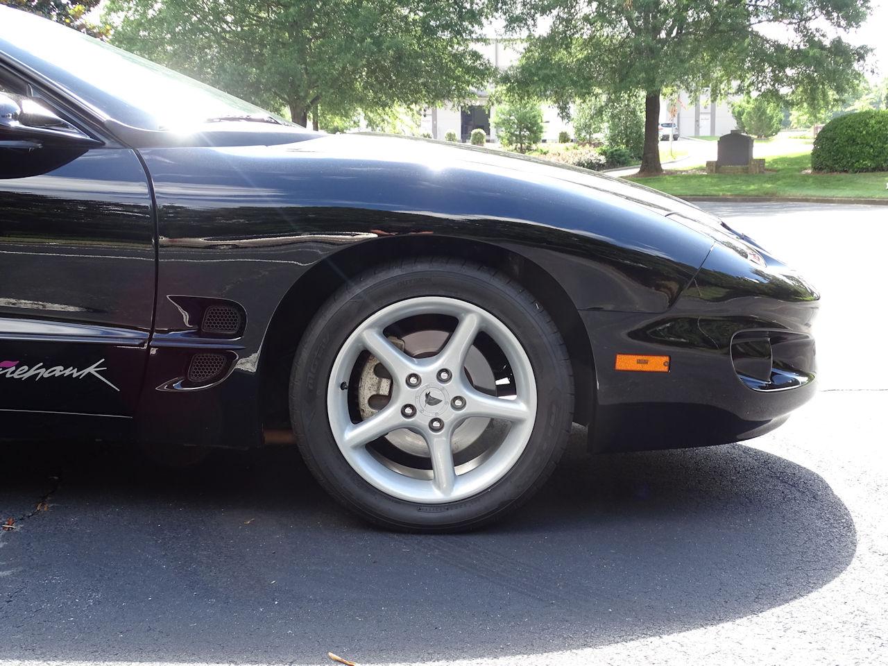 2001 Pontiac Firebird 41