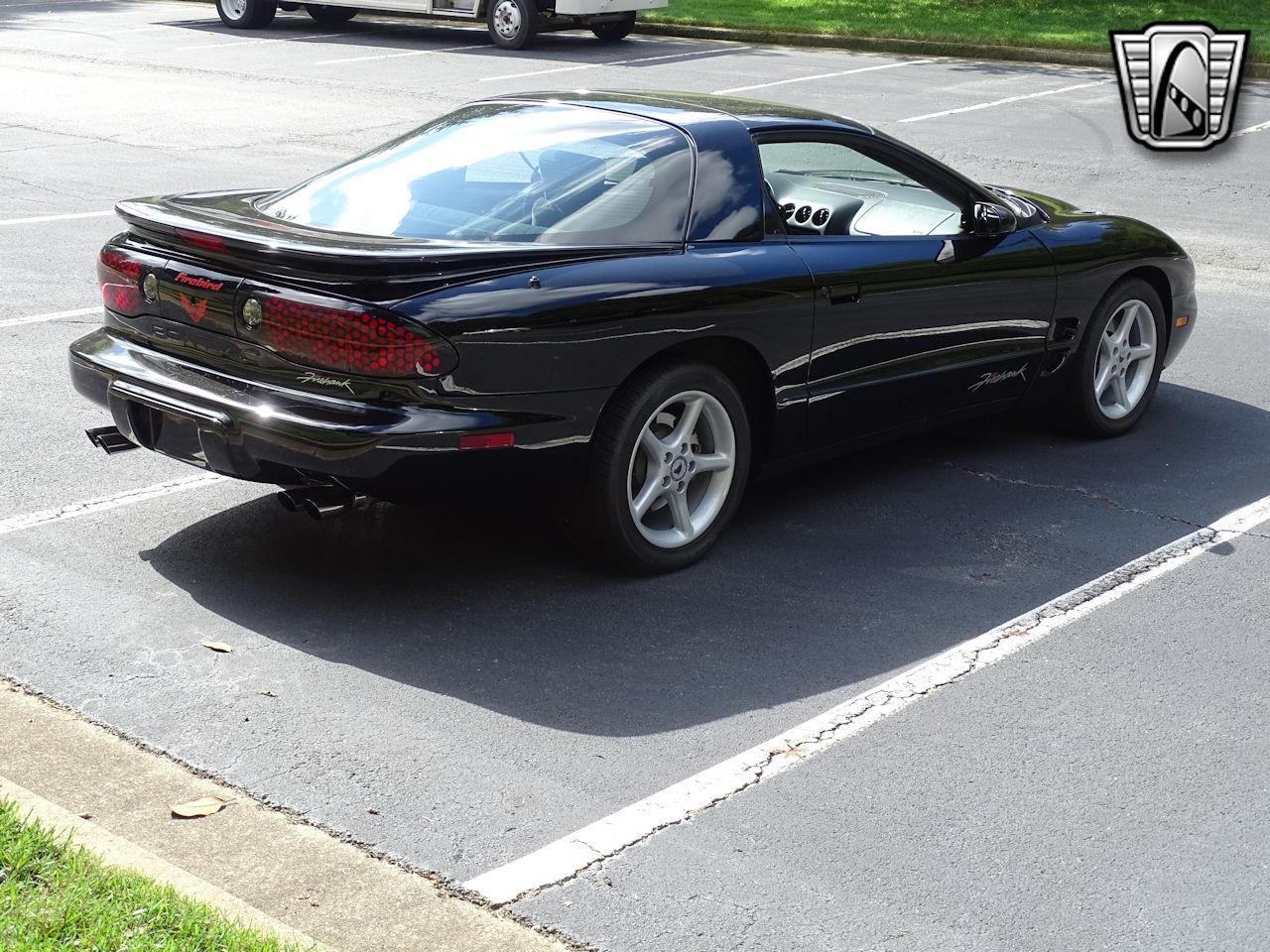 2001 Pontiac Firebird 31