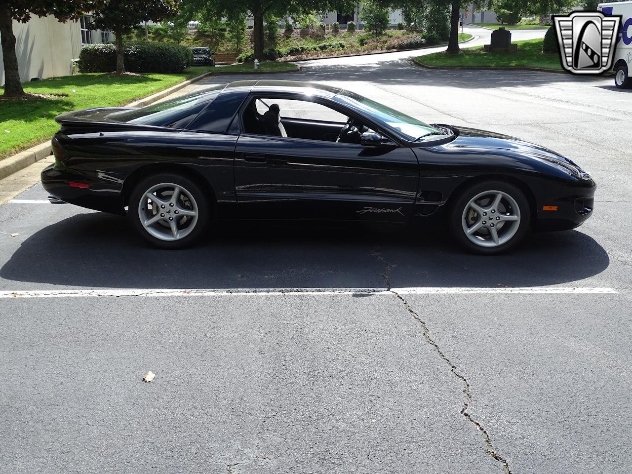 2001 Pontiac Firebird 33