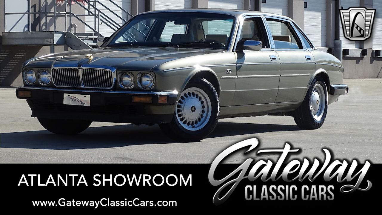 1989 Jaguar Vanden Plas