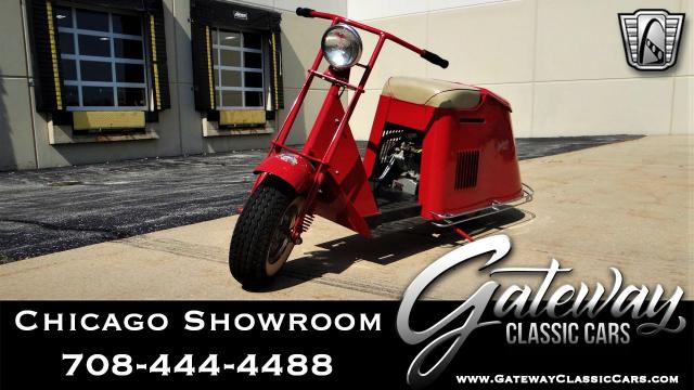1949 Cushman Scooter<br><span style='font-size: large; font-style: italic'><b>  </b></span>