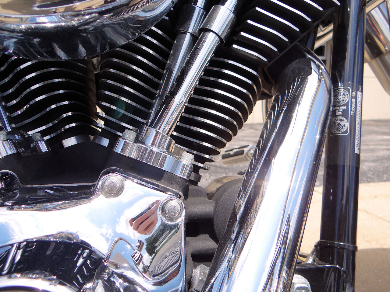 2006 Harley Davidson FLSTNI 84