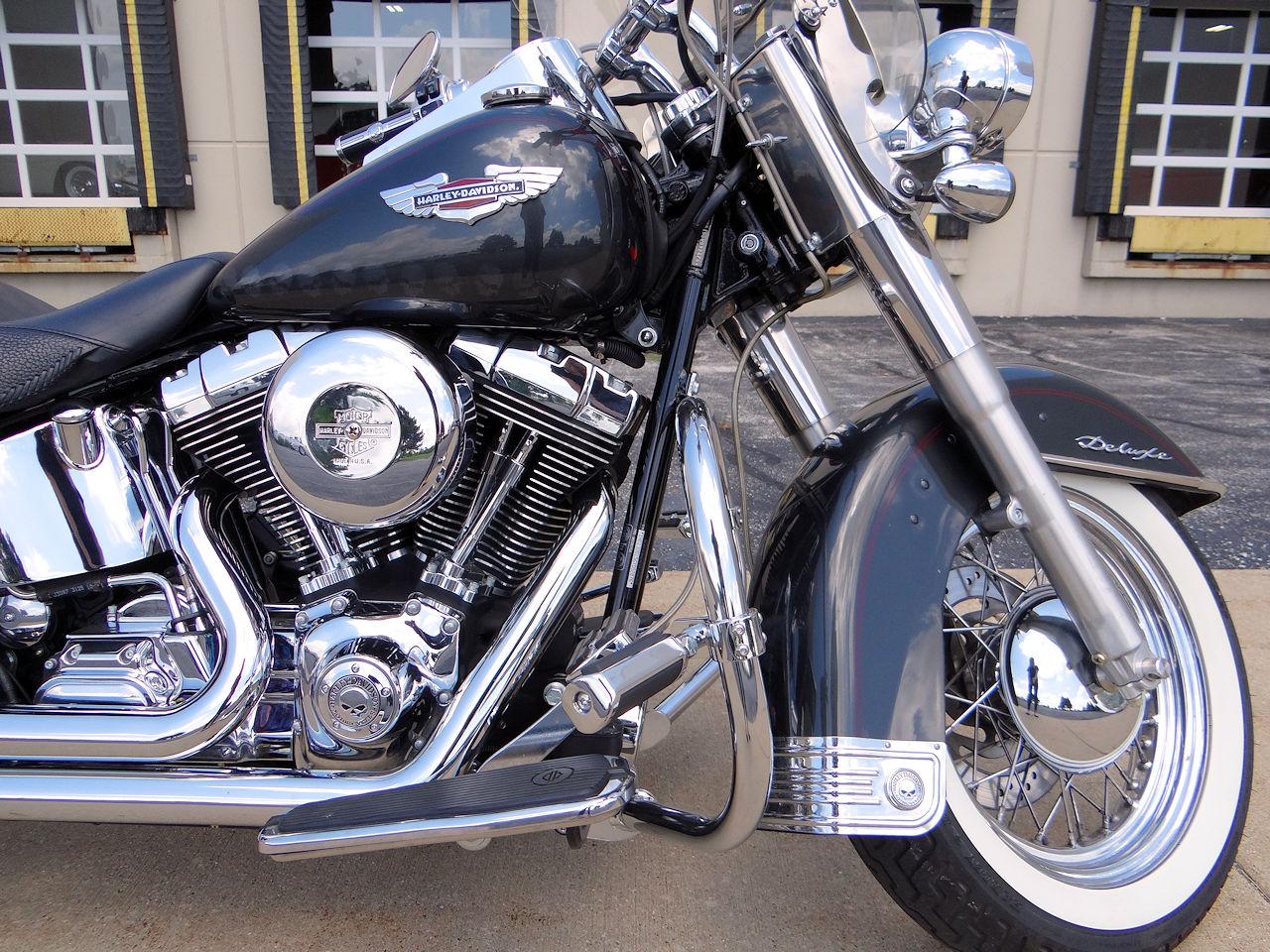 2006 Harley Davidson FLSTNI 46