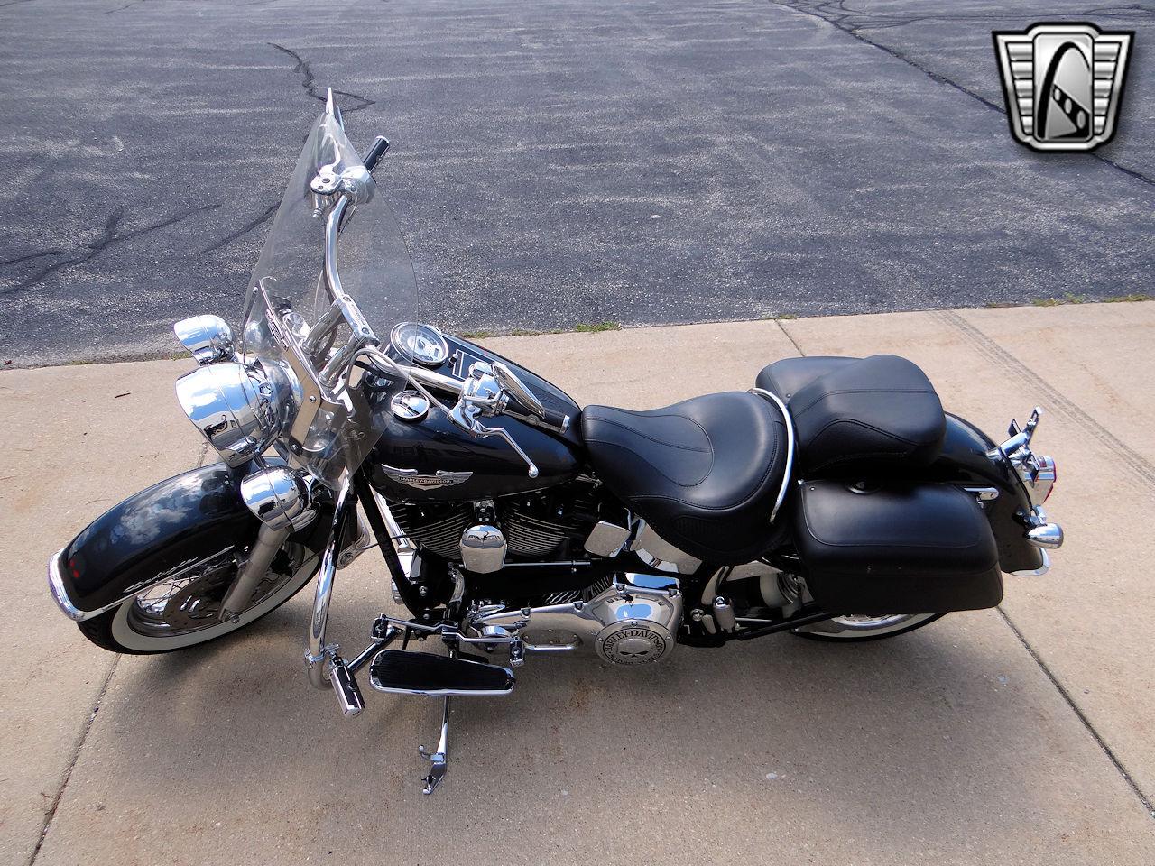 2006 Harley Davidson FLSTNI 25