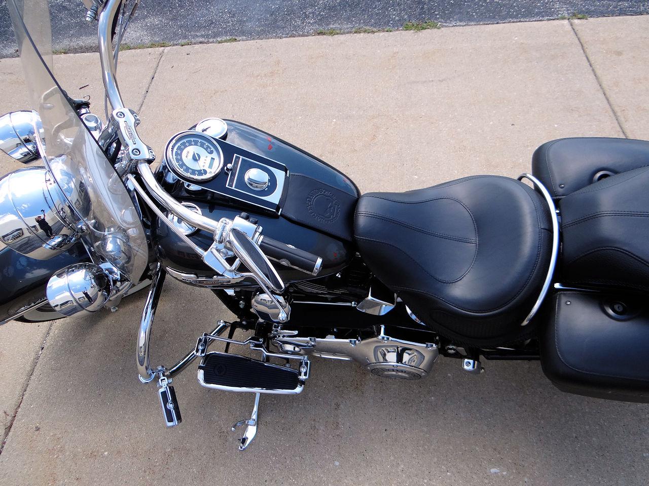 2006 Harley Davidson FLSTNI 48