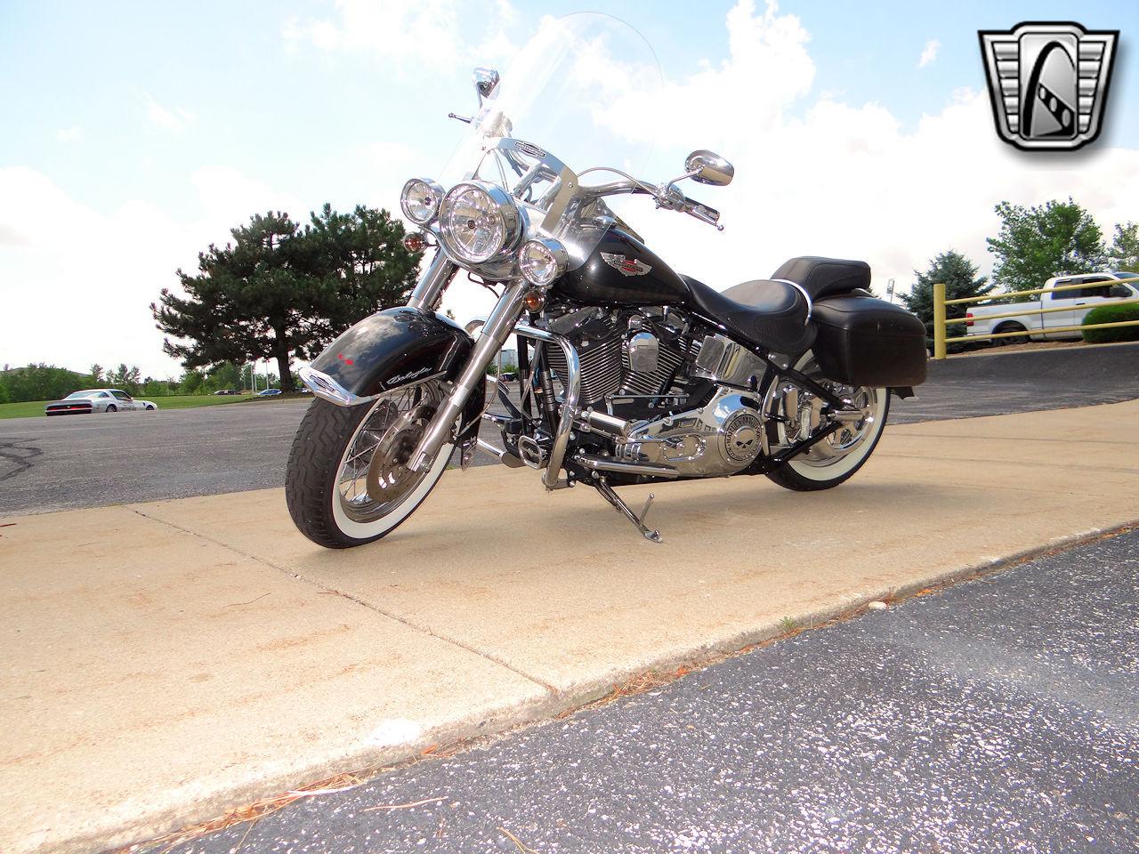 2006 Harley Davidson FLSTNI 69