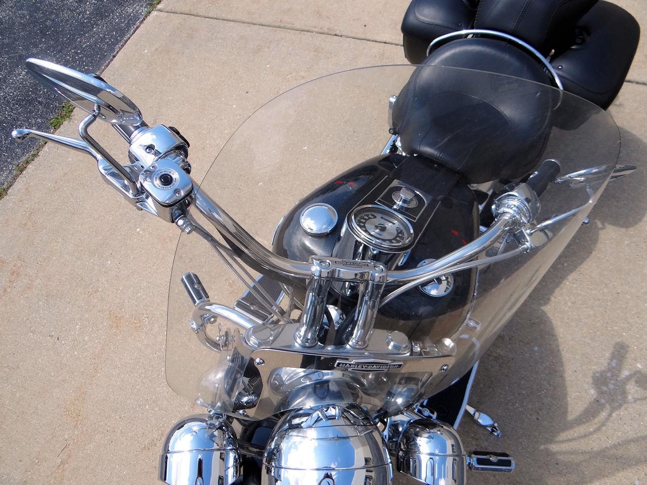 2006 Harley Davidson FLSTNI 53