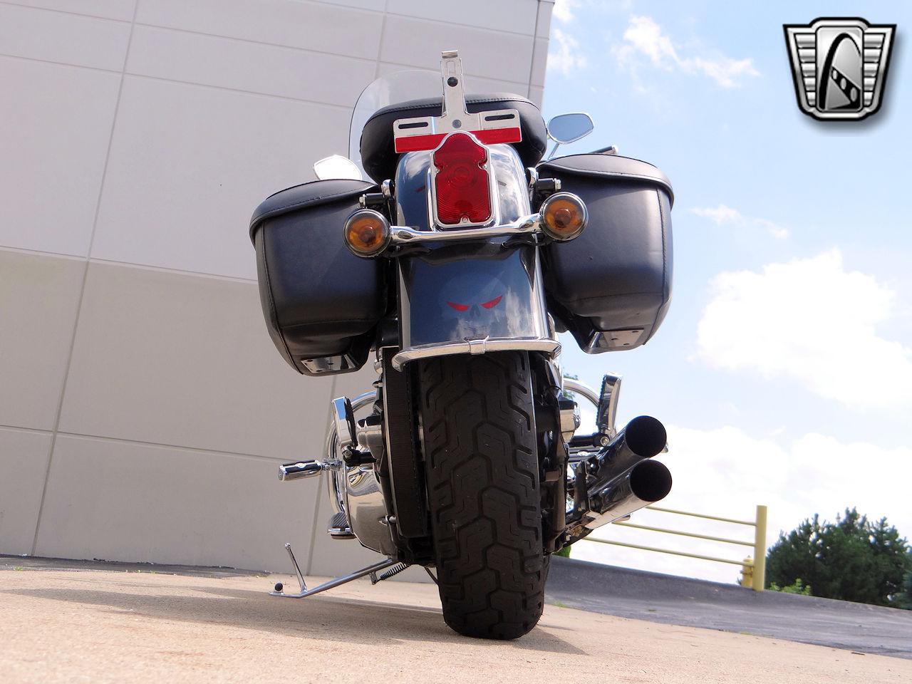 2006 Harley Davidson FLSTNI 31